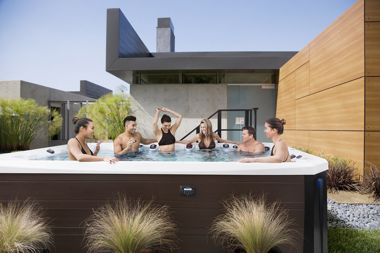 Плавательный SPA бассейн Marquis Hot Tubs