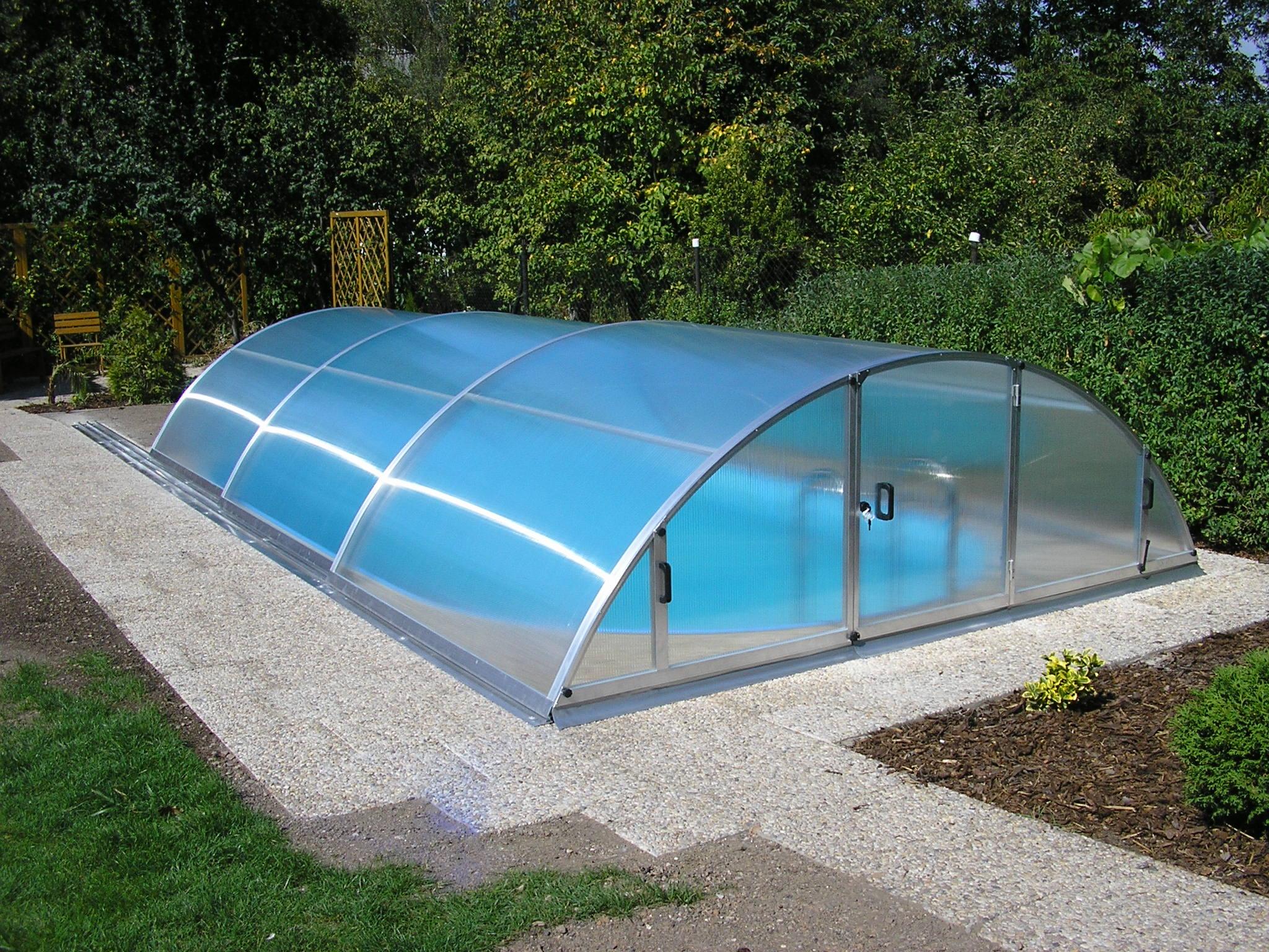 Чаша бассейна из поликарбоната